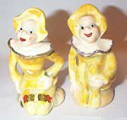 Clown Salt & Pepper Shakers Set,Souvenier of Bowling Green, Ky  Made in Japan